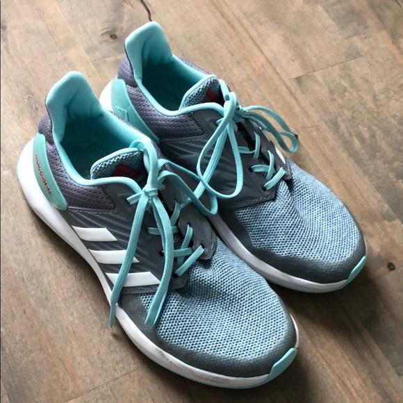 girls size 4 running shoes adidas